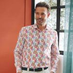 Chemise droite imprimé perroquet col semi-italien